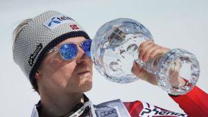 Henrik Kristoffersen voitti viime kaudella pujottelun maailmancupin.