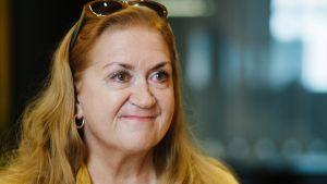 Anja Snellman kirjoitti Syysprinssi-teoksen vuonna 1996.