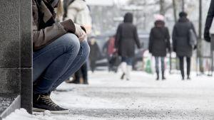 Yksinäinen kadulla