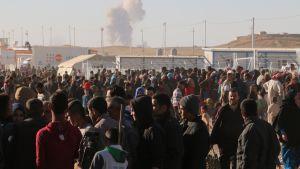 Mosulin lähistölle perustetuissa pakolaisleireissä on satojatuhansia ihmisiä.