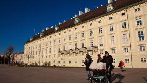 Hofburgin linna Wienissä on ollut vailla isäntää kesästä lähtien.