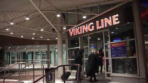 Viking Linen terminaalin sisäänkäynti.