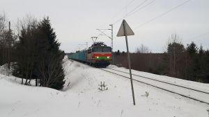 Juna jumissa keminmaassa.