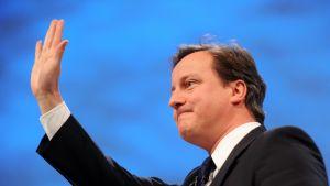 Britannian ex-pääministeri ja konservatiivipuolueen entinen johtaja David Cameron.