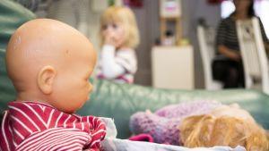 nuket, lapset, kasvatus