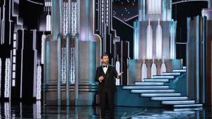 Jimmy Kimmel Oscar-gaalan lavalla