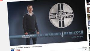 Sami Jauhojärvi esittelee Talvisodan hengessä -mitalia YouTube-videolla.