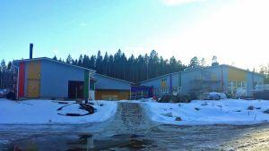 Hirvasen uusi koulu Hirvaskankaalla, joka valmistuu elokuussa 2017.