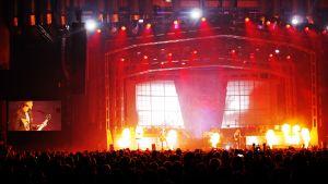 Haloo Helsinki! järjesti kunnon bileet Saku Suurhallissa Tallinnassa kahtena peräkkäisenä iltana.