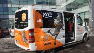 Useimmat Kyyti-palvelun autot ovat Taksivirpin pikkubusseja.