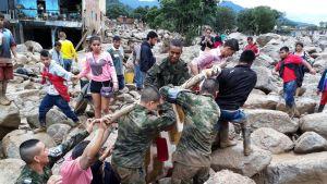 Sotilaat pelastivat Kolumbian maanvyöryn uhreja