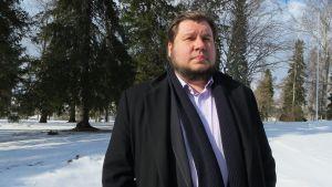Ohjaaja Joonas Berghäll.