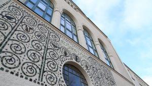 Kotkan lyseon vuonna 1905 valmistunut päärakennus.