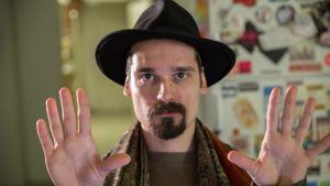 Nälän päätoimittaja Teppo Vapaus haluaa luoda rockjournalismiin uuden kulttuurin.