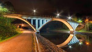 Äijälänsalmen vanha silta on yksi Valon kaupunki -kohteista Jtyväskylässä.