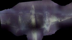 Pommikoneen runko merenpohjassa