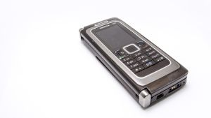 Nokian 3G-kännykkä