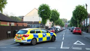 Poliisi on jatkanut Manchesterin iskuun liittyviä etsintöjä.