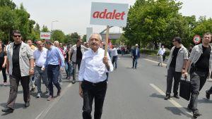 Kemal Kılıçdaroğlulla on edessään pitkä marssi.