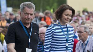 Sauli Niinistö ja Jenni Haukio kuvassa
