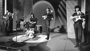 The Renegades esiintyy musiikkiohjelmassa Uudet tuulet noin vuonna 1964.