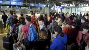 Passintarkastus Suomeen tuleville Schengen-rajalla Länsisatamassa Helsingissä