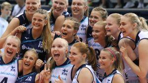 Suomen naisten lentopallojoukkue