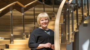 Kanasanedustaja Annika Saarikko kuvattuna eduskunnan pikkuparlamentissa 27.06.2017
