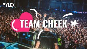 Cheek fanittaa Team Cheekiä.