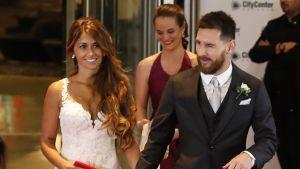 Jalkapallotähti Lionel Messi vihittiin avioliittoon Santa Fe:ssä.