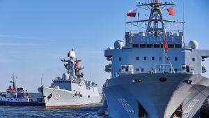 Kiinalaisia sotalaivoja Puolassa.
