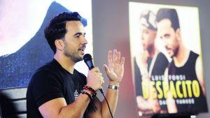 Luis Fonsi Despacito-albumin julkaisukeikalla.