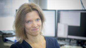 Jyväskylän yliopiston aivotutkimuskeskuksen johtaja Tiina Parviainen