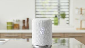 Sonyn IFA-messuilla julkistama älykaiutin käyttää Google Assistant -puheohjausta.