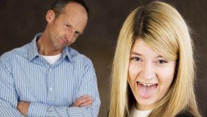 Isä ja teini-ikäinen tytär.