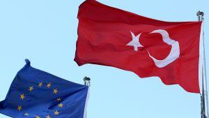 EU:n ja Turkin liput