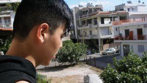 15-vuotiaan Fahimin ja hänen siskonsa tiet erosivat pakomatkalla Afganistanista.