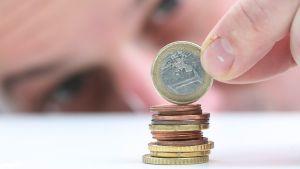 Raha Euro kolikoita.