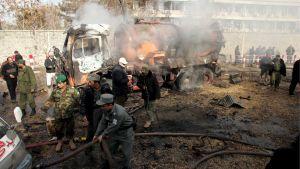 Pommi-isku surmasi 150 ja vaurioitti Saksan suurlähetystöä 31. toukokuuta Afganistanin pääkaupungissa Kabulissa.