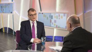 Pääministeri Juha Sipilä Yle TV1:n Ykkösaamussa 7. lokakuuta.