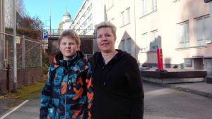 Aaro Hentisellä on ykköstyypin diabetes. Äiti Sanna Hentinen on sairaanhoitaja Mikkelin keskussairaalassa.