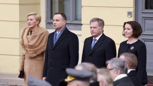 Mrs. Agata Kornhauser-Duda, Andrzej Duda, Sauli Niinistö ja Jenni Haukio.