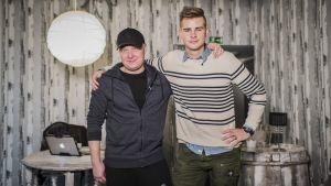Laulavat lanssarit eli Kalle Vähäheikki ja Niko Sivula.