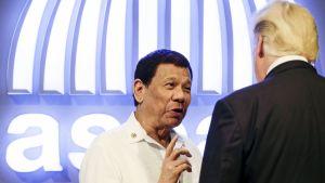 Rodrigo Duterte ja Donald Trump.