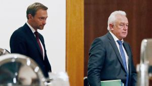 FDP:n puheenjohtaja Christian Lindner ja varapuheenjohtaja Wolfgang Kubicki.