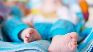vauvan jalat