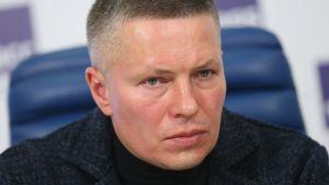 Venäjän naisten maajoukkueen päävalmentaja Aleksei Tshistjakov