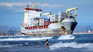 Ulkolinja: Villiä menoa valtamerillä