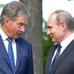 President Sauli Niinistö tillsammans med Rysslands president Vladimir Putin i Gullranda den 1.7.2016