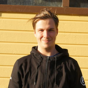 Akilles-spelaren Denis Sadakov.